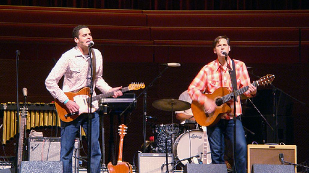 2890306180 4f2087f25f In Photos: Calexico looks Mexico at Pritzker Pavilion (9/25)