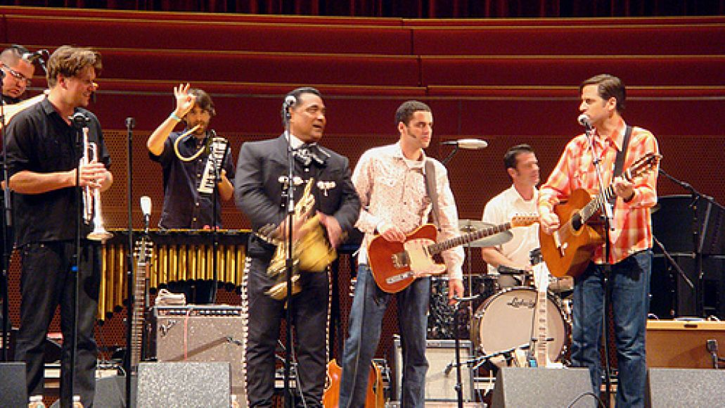 2890306298 2b7be10068 In Photos: Calexico looks Mexico at Pritzker Pavilion (9/25)