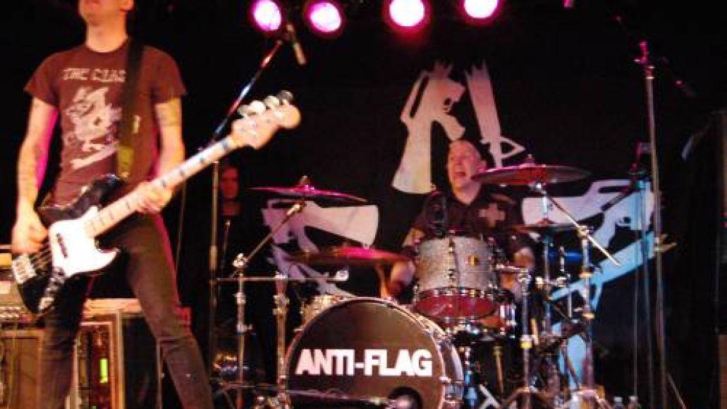 antiflag2 Anti Flag brings friends, helps celebrate change in D.C. (1/20)