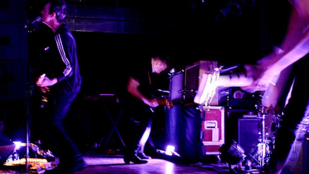 3421817347 3e4fd3eedd Glasvegas hits the top of the Bottom Lounge (4/6)