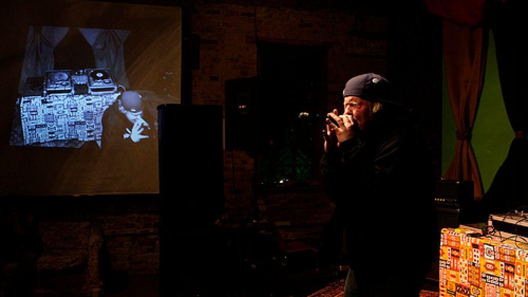 blackgate4 Yak Ballz plays a secret show in Wicker Park (4/4)