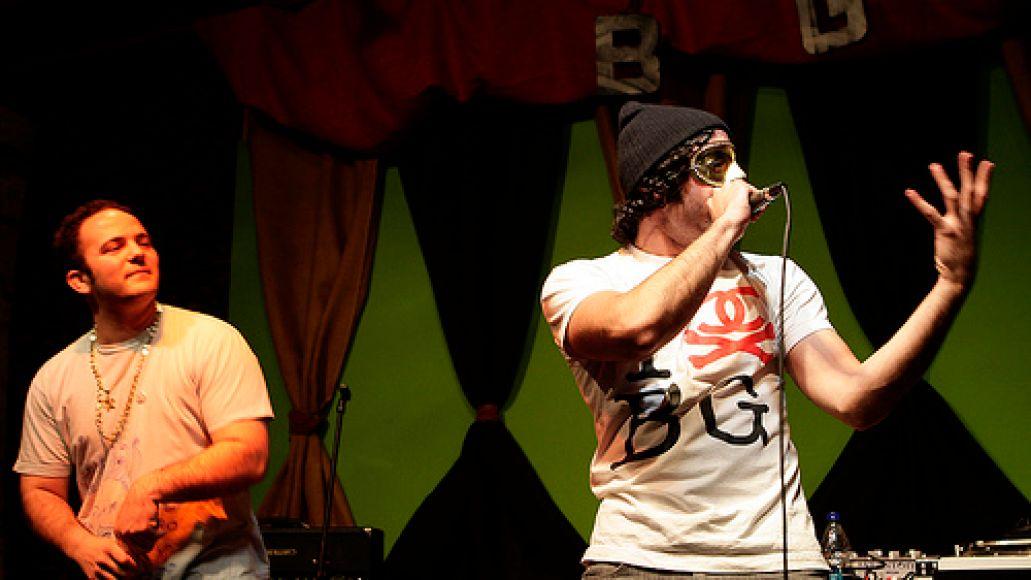 blackgate5 Yak Ballz plays a secret show in Wicker Park (4/4)
