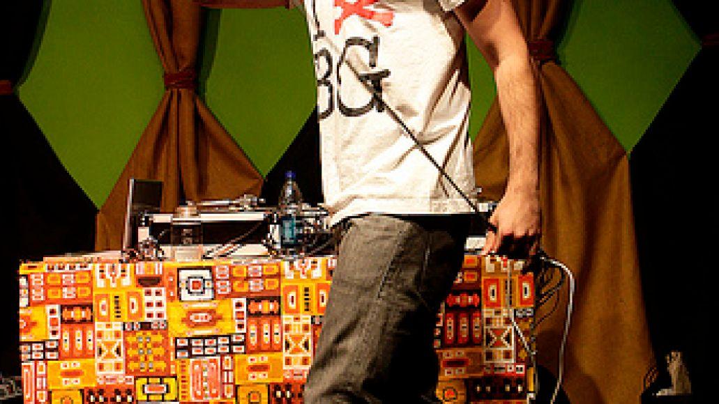 blackgate6 Yak Ballz plays a secret show in Wicker Park (4/4)