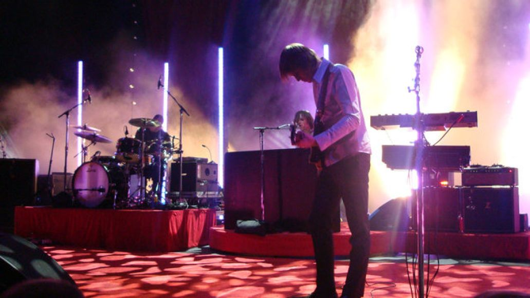 dcb2 Feedback, angst, and Death Cab invade Beale St. (4/11)