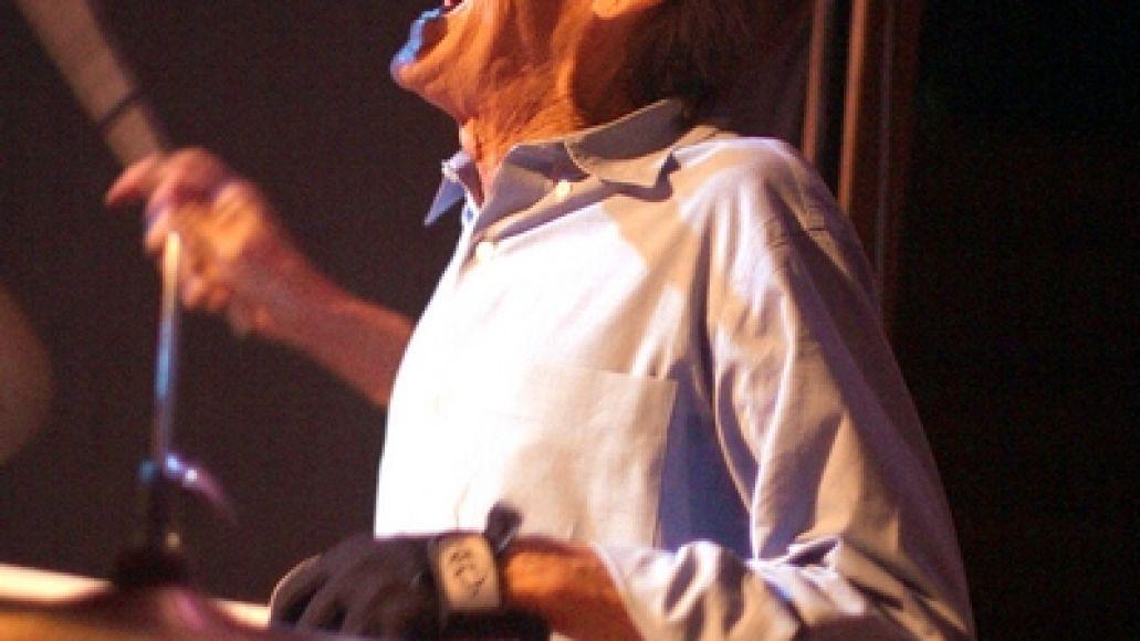 levon Levon Helm goes Electric, stays Dirty