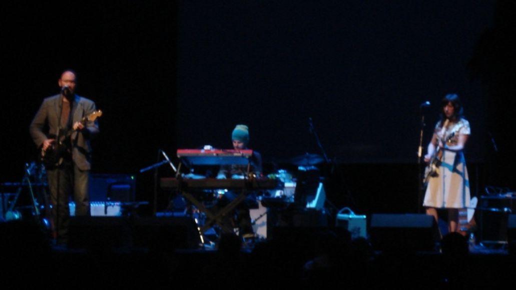 nekocrookedfingers Neko Case touches down at the Chicago Theatre (4/24)