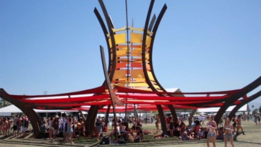 coscoachella2 Festival Feed: Two Coachellas!?