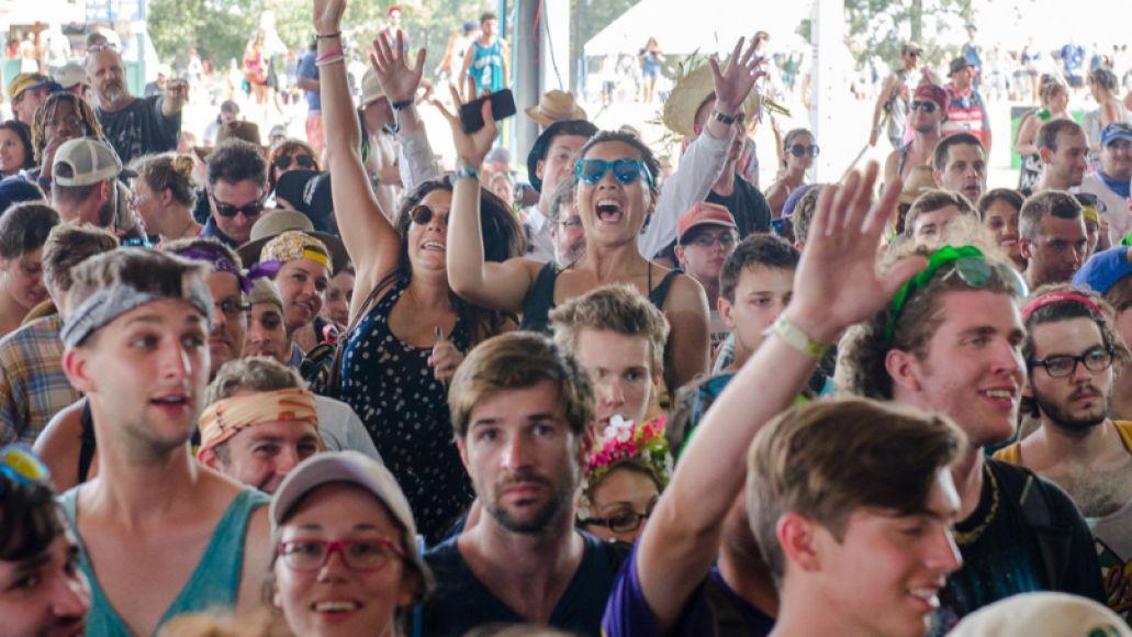 Crowd-BenKaye-Bonnaroo2014-1
