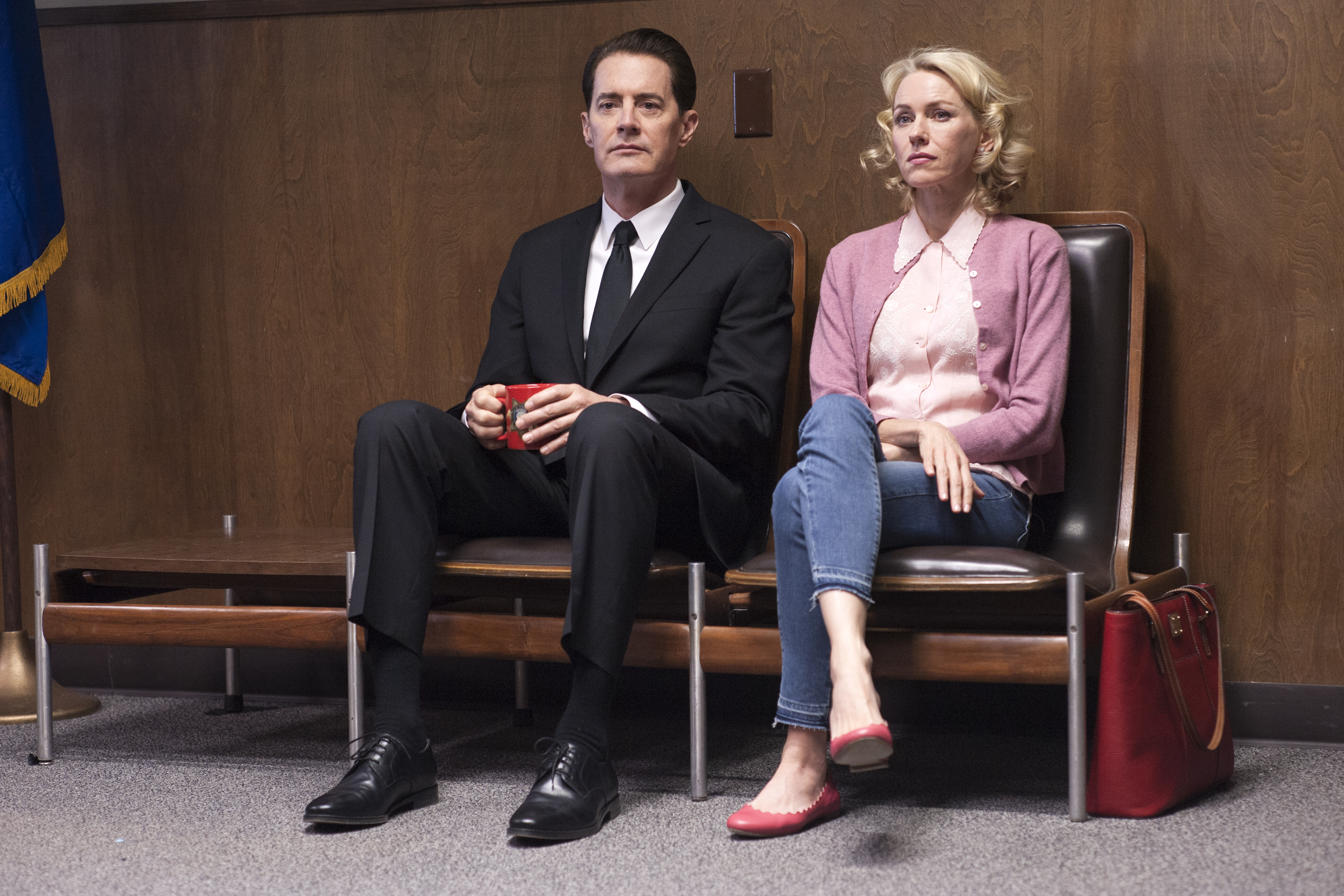 rr 14200 r Recapping Twin Peaks: The Return: Part 9