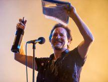 Pearl Jam Bonnaroo 2016 David Brendan hall 2 live concert review photos